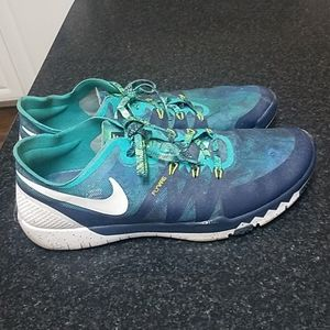 Nike Flywire shoes